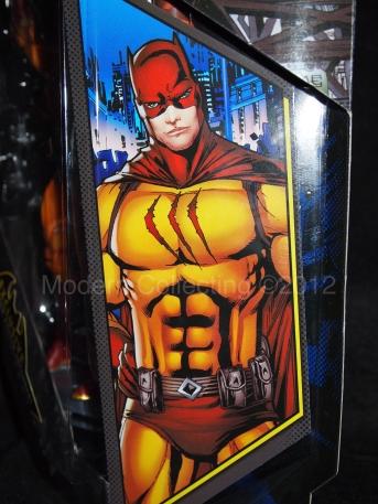 CatMan DC Universe Batman Legacy Edition figure